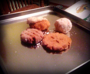 Apologies for the horrible photo quality, but these are the four cookies I wrest from 1 simple recipe. Holidays = saved.