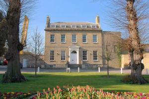 Castle Hill House Image: Google Images